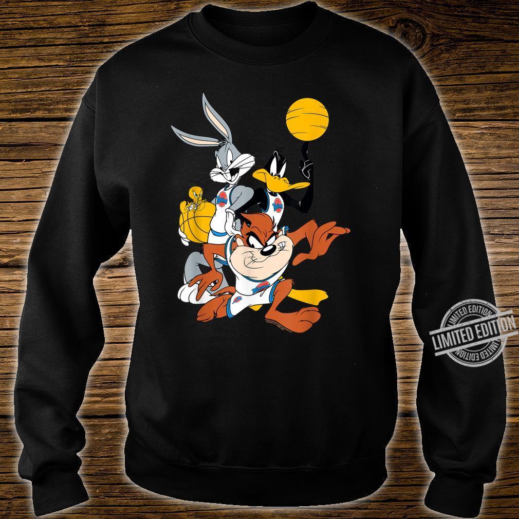 BILSPJ00007 Space Jam Bugs and Daffy Group Shot Shirt sweater