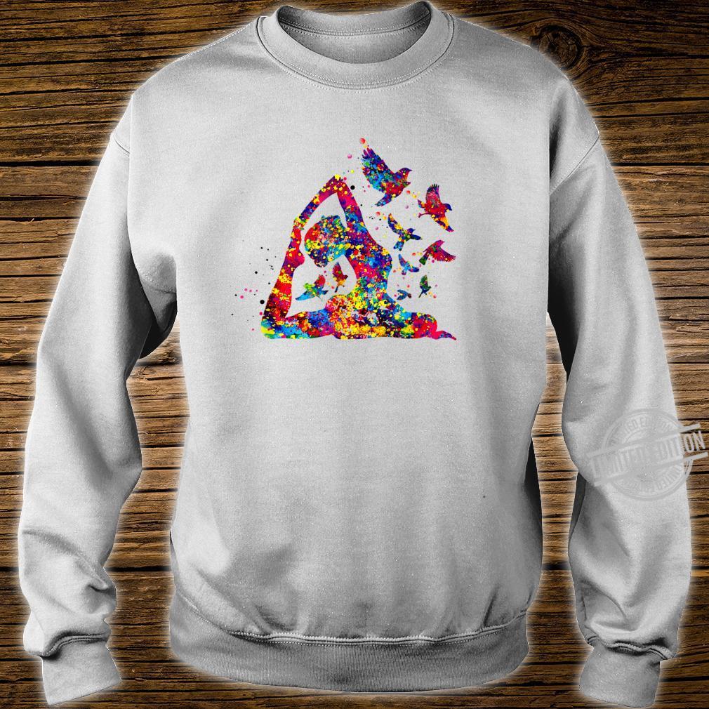 Hummingbird and yoga skill art colorful Shirt sweater